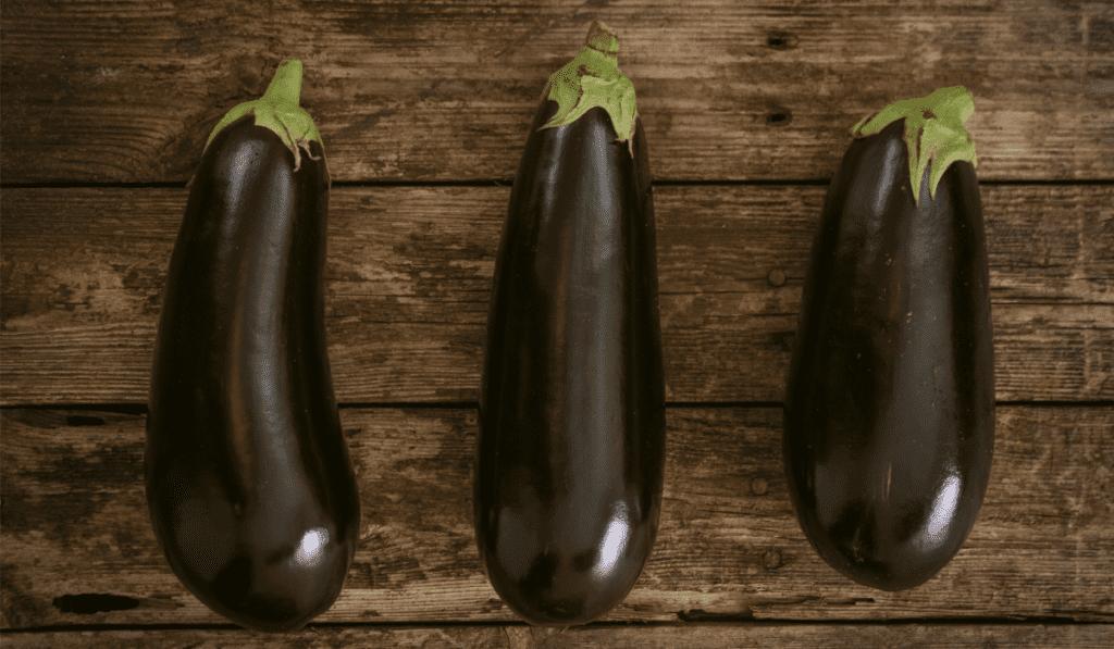Grillede grøntsager med cremet aubergine puré